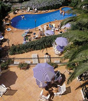 hotel con piscina a sanremo