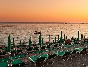hotel con spiaggia privata a Sanremo - prenota vacanze estive nei migilori alberghi della Riviera Ligure - hotels with private beach for your summer holidays in san remo