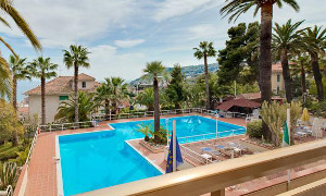 hotel in periferia a sanremo - hotels on the perifery in a relaxing area